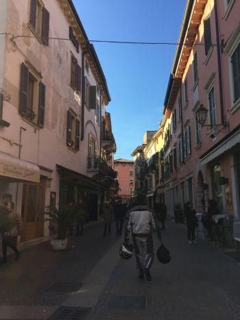 italiainpiega-pieghe-meravigliose-itinerari-moto-pianura-padana-lungo-il-fiume-mincio-peschiera 4