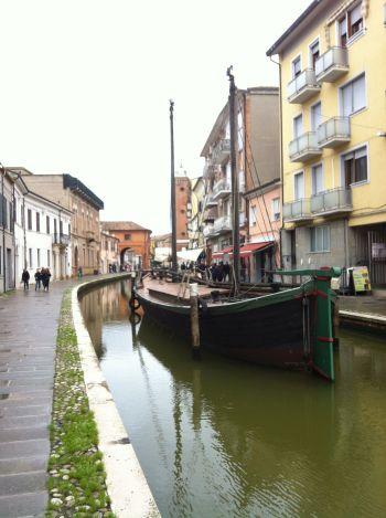 italiainpiega-pieghe-meraviglise-itinerari-moto-pianura-padana-delta del po-comacchio 3