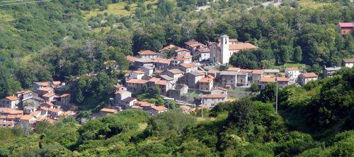 italiainpiega-pieghe meravigliose-itinerari-moto-nord-italia-passo del lagastrello-sassalbo