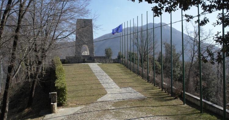italiainpiega-pieghe meravigliose-itinerari-moto-centro-italia-garfagnana-sant'anna di stazzema
