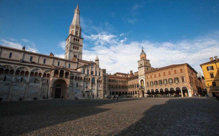 italiainpiega-pieghe meravigliose-itinerari moto pianura padana-unesco-modena