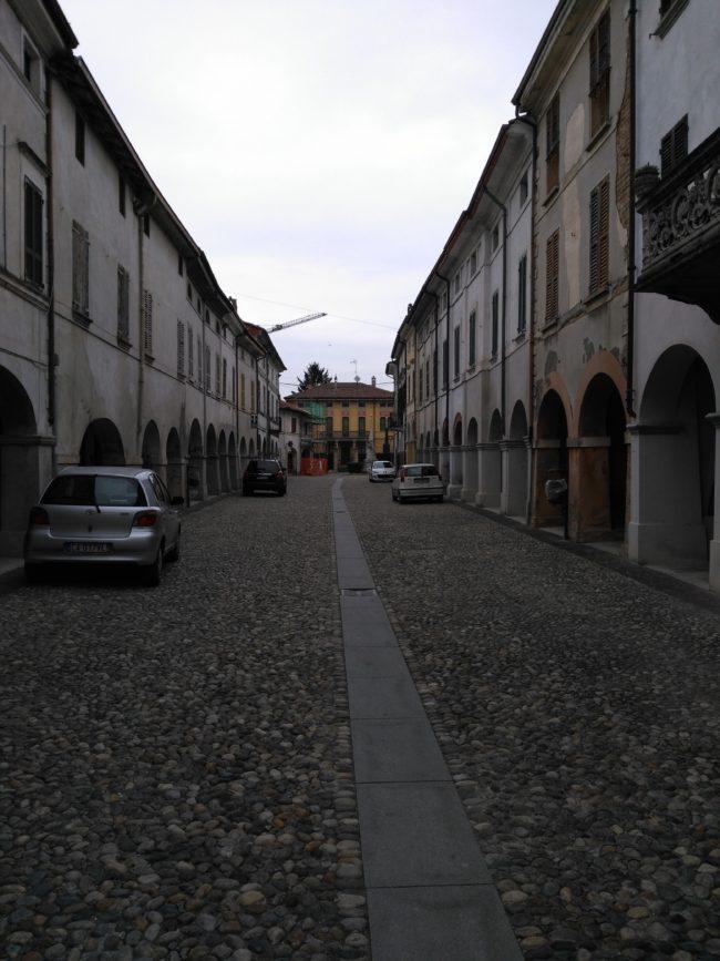 italiainpiega-pieghe-meravigliose-itinerari-moto-pianura-padana-parco-oglio-sud-castelponzone