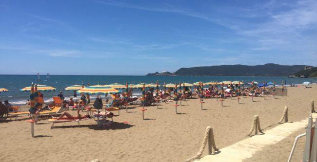 italiainpiega-pieghe meravigliose-itinerari moto centro italia-argentario-spiaggia dell'osa