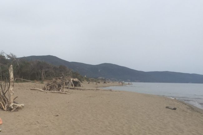 italiainpiega-pieghe meravigliose-itinerari moto centro italia-argentario-parco maremma-spiaggia di marina di alberese 1