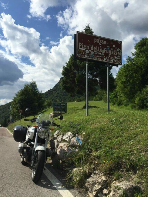 italiainpiega-itinerari moto nord italia-alpe cimbra-pian delle fugazze