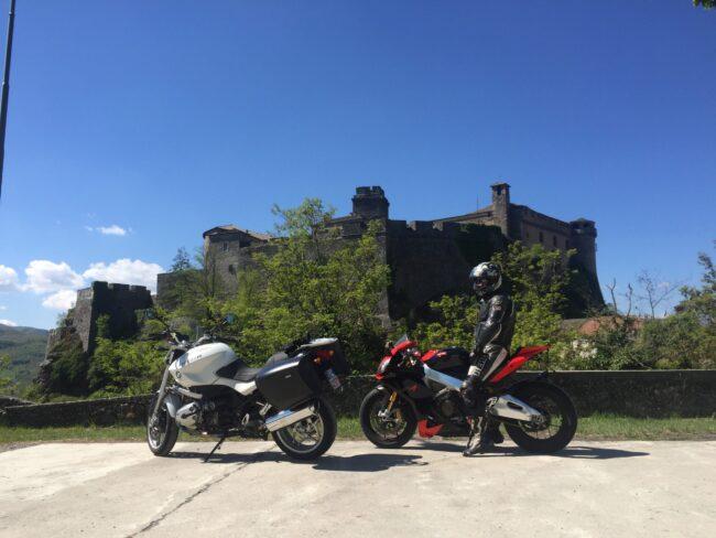 italiainpiega-pieghe meravigliose-itinerari moto nord italia-bardi 1