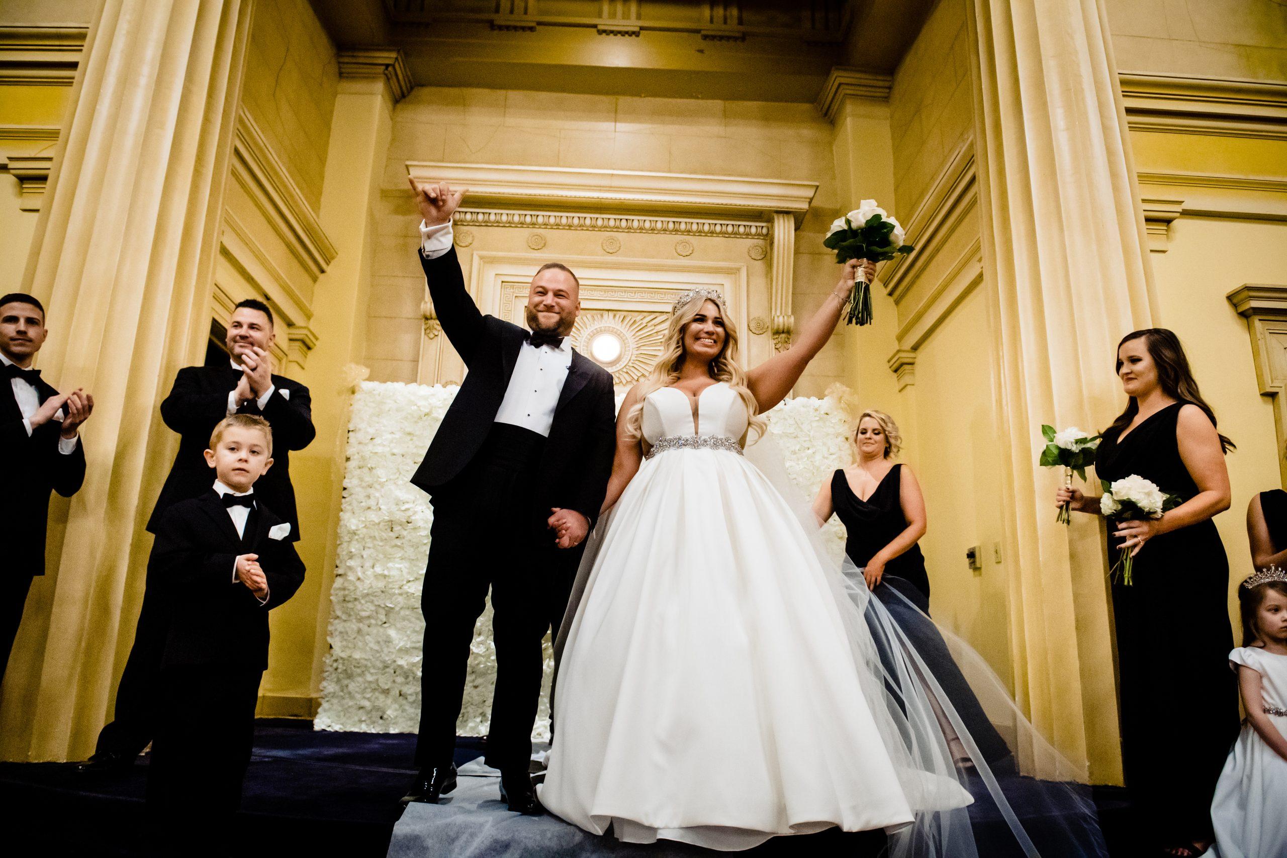 Bride looks like Jessica Simpson