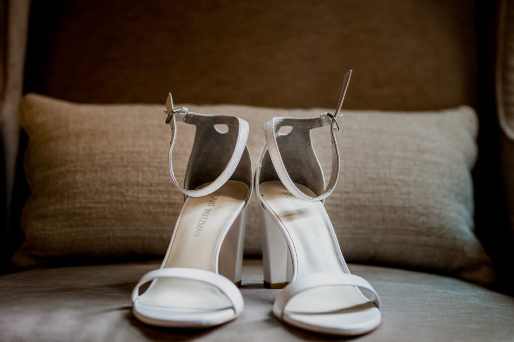 brides shoes at columbus ohio westin wedding