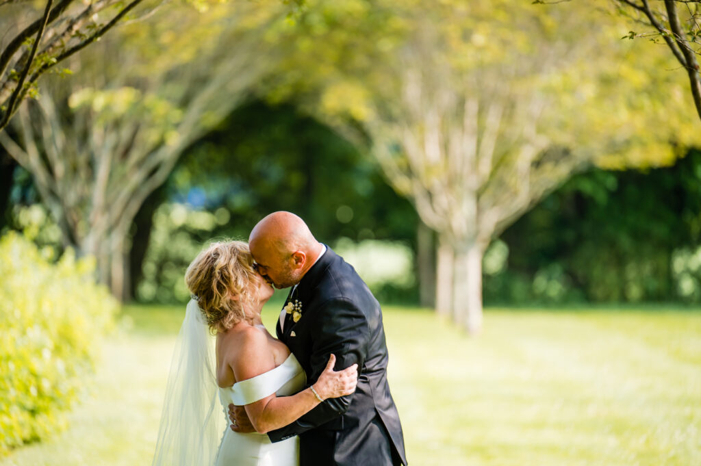 How to Plan a Wedding Yourself