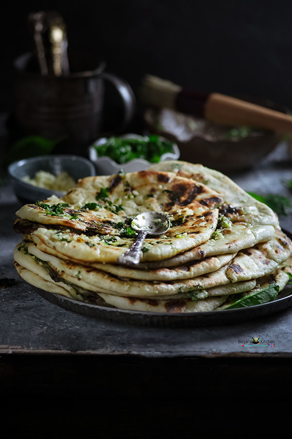 Stuffed Cheesy Spinach Naan