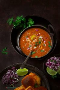 Pav Bhaji Recipe – Mumbai Style