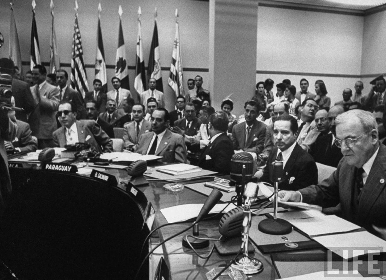 X Conferencia Interamericana, Caracas, 1954(Fuente: LIFE)