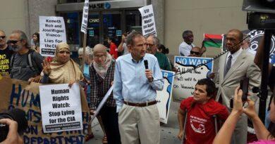 Ramsey Clark: el disidente imprescindible en el centro del poder de EE. UU.
