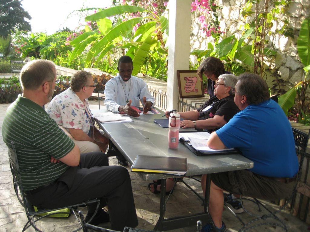 Sadoni Leon Meets with Friends of St. Vincent's