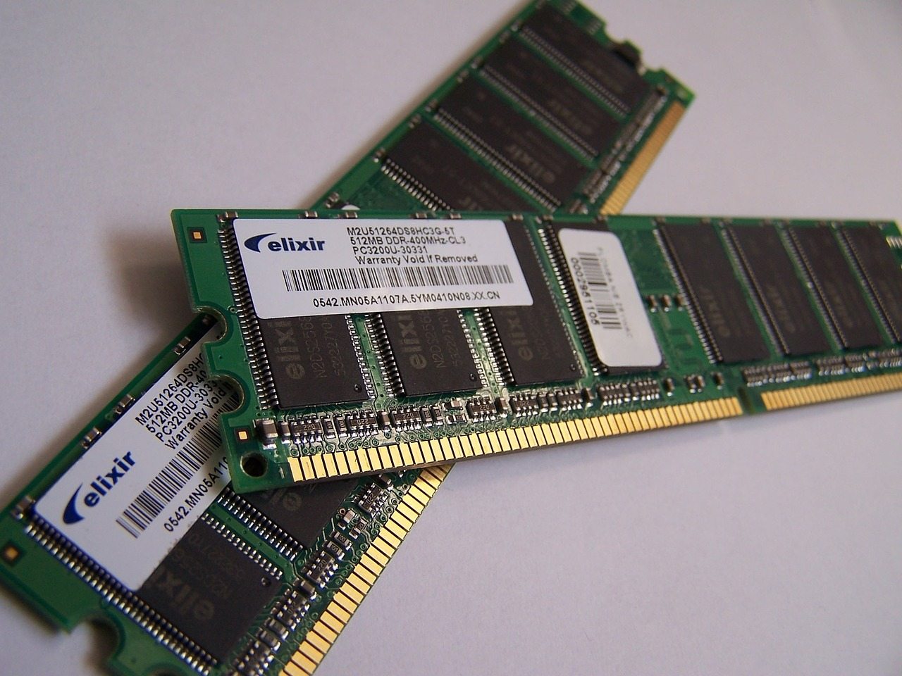 computer memory, chips, technology