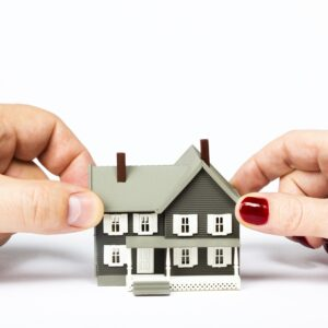 selling your home during a divorce