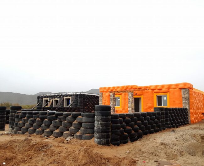 house out of tires Casa Digna