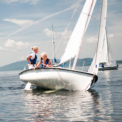 START YOUR DINGHIES