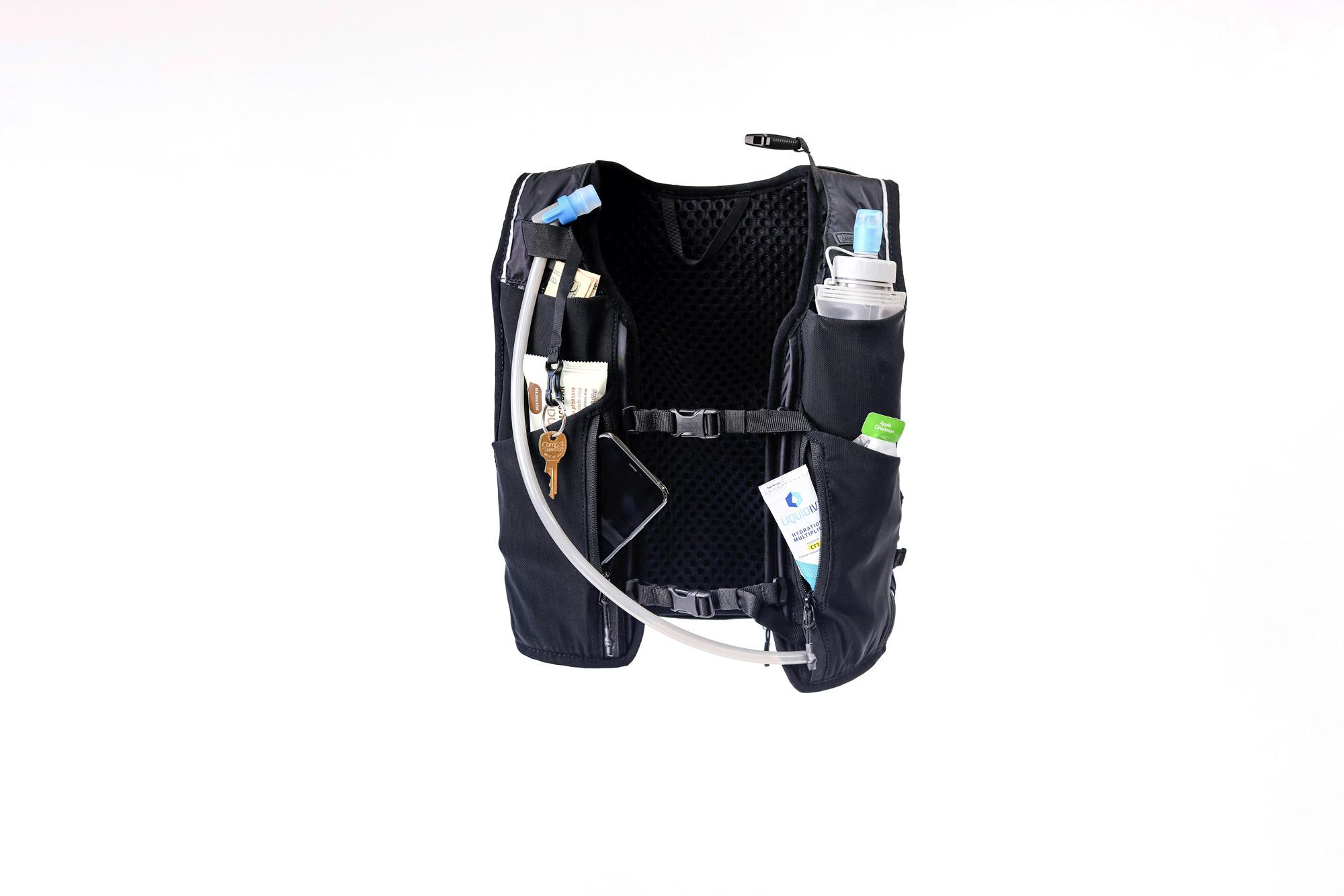 hydration-vest-water-secret-features