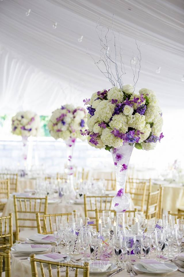 Creative ways to use Pantone's 2018 Color of the Year, Ultra-Violet, in your wedding design!