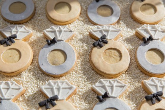 Engagement ring cookies for your rehearsal dinner
