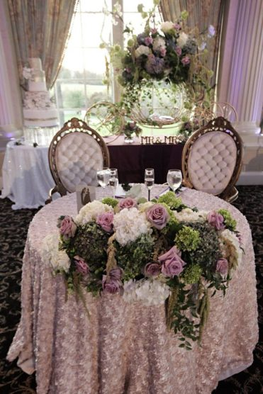 Floral sweetheart table