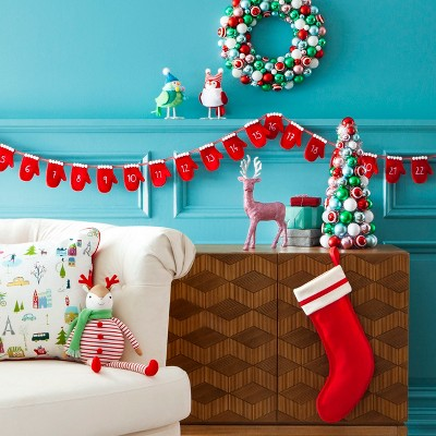 classic christmas decor with mantle