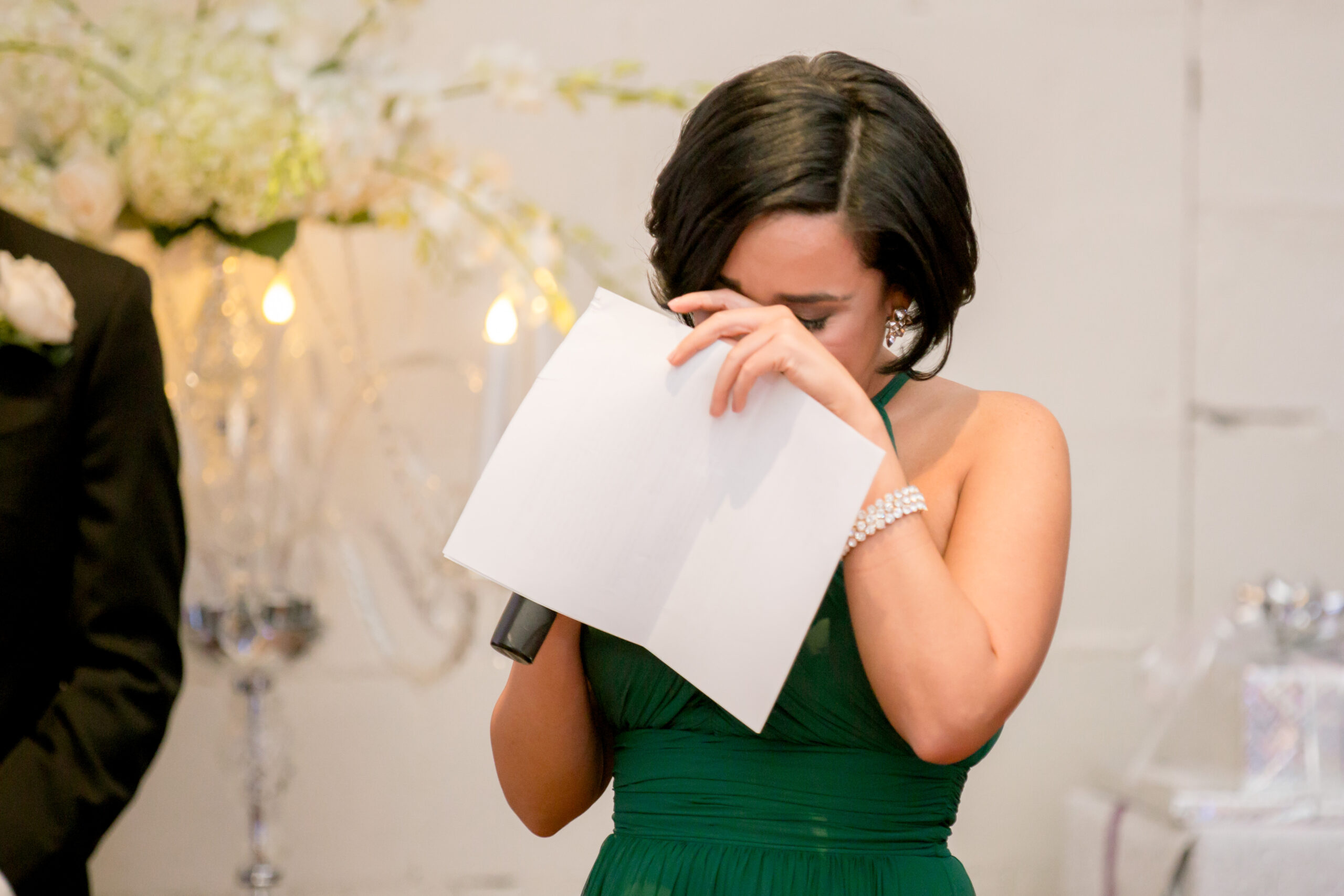 maid of honor crying during toast
