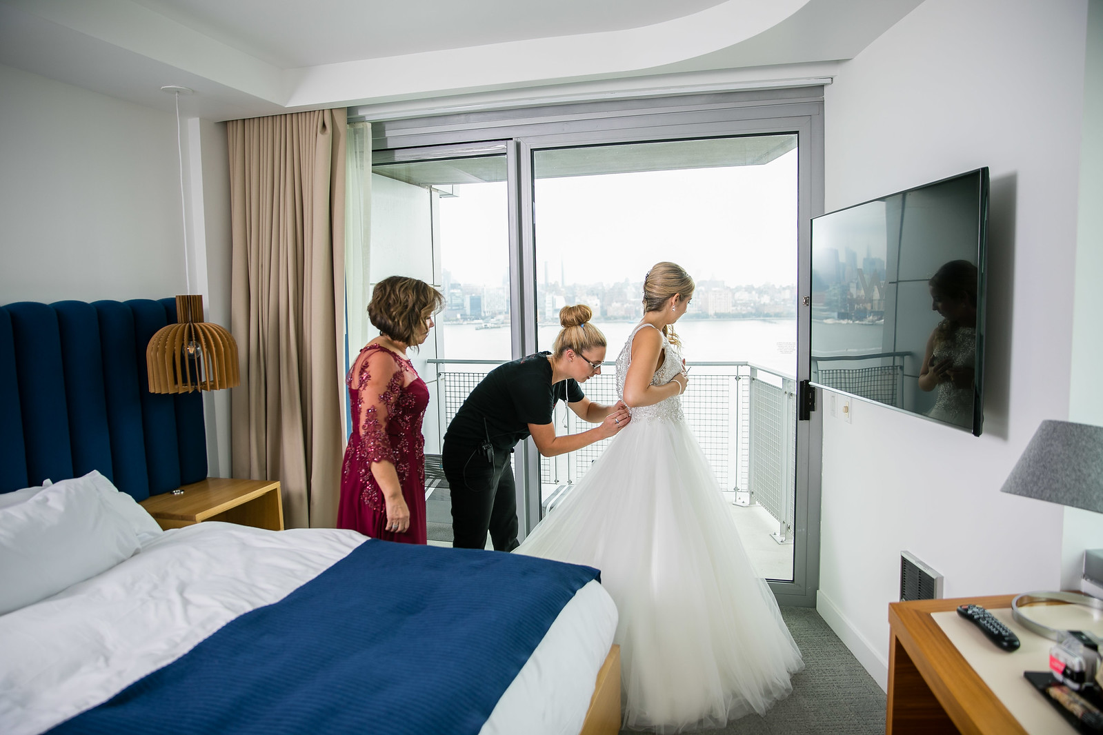 how to start wedding planner business