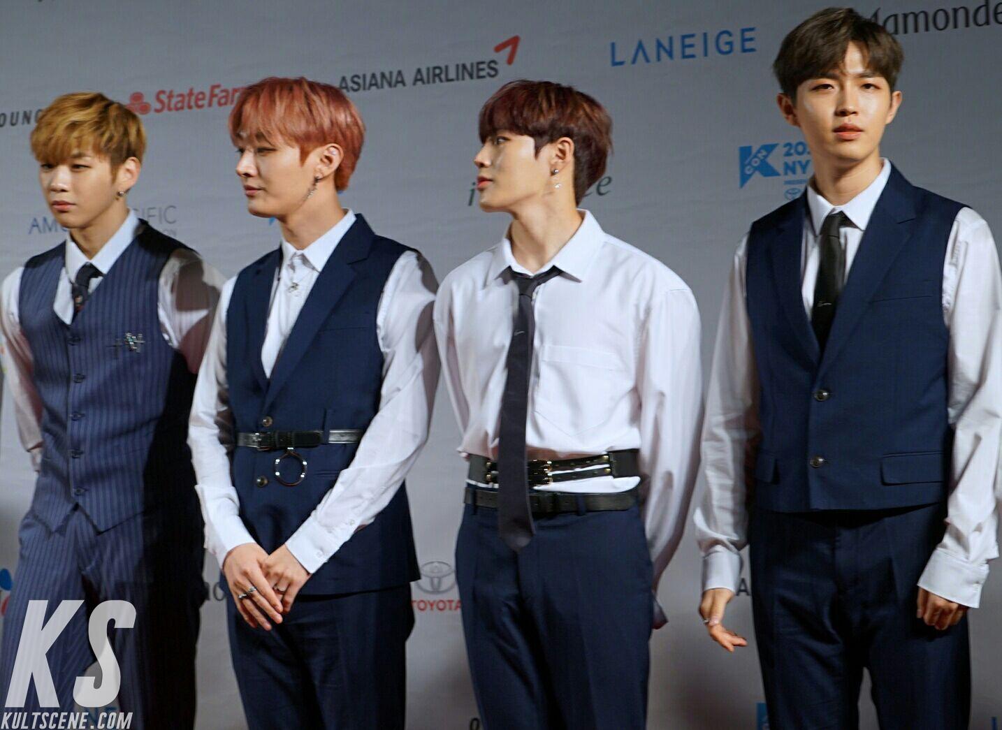 Wanna One at KCON 2018 NY