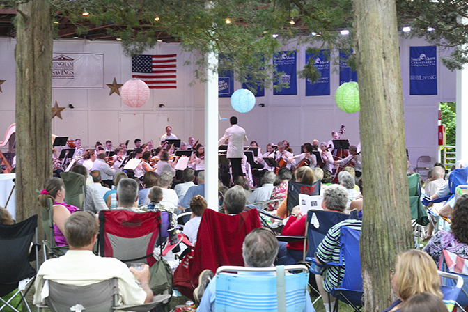 Holiday Week Entertainment Sparkles at  SSC's Summer Spotlight 20th Anniversary Season