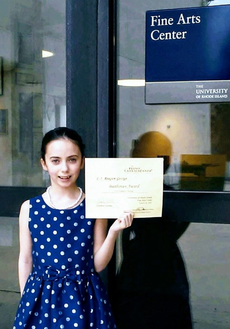 Read more about the article SSC Youth Pianist Wins Beethoven Award at URI