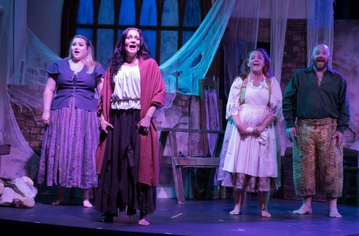 Read more about the article Theater: Americana's 'La Mancha' full of humor, pathos, passion