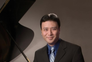 Read more about the article Piano concert a hands-on experience