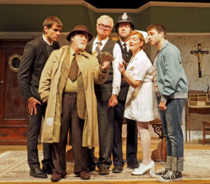Theater: The farce is strong in Company's 'Loot'