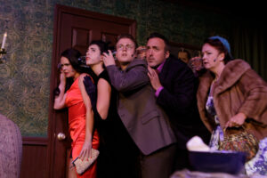 Read more about the article 'Clue': Live theater, laughter return in Plymouth