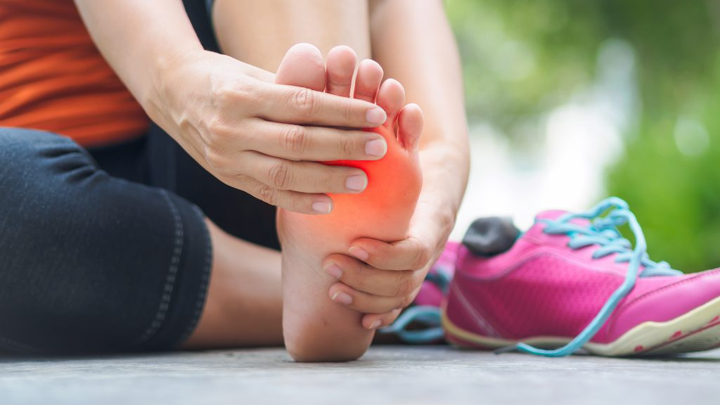 Podiatrists at Complete Step in Mount Martha on the Mornington Peninsula  see many clients everyday suffering with forefoot pain