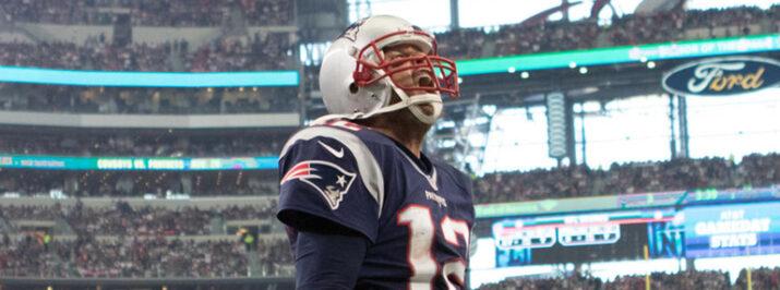 Brady teve mais uma ótima atuação em sua primeira partida da carreira no AT&T Stadium