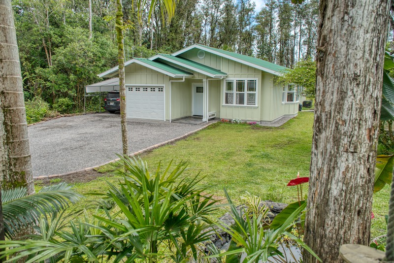 Hawaiian home for sale, perfect for sustainable living