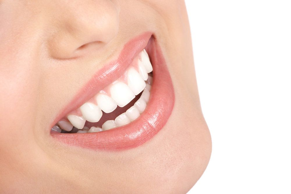 Laser Gum Reshaping