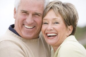 All-on-4 Implants vs. Traditional Dental Implants