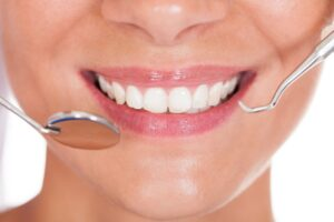 Nitrous Oxide vs. IV Sedation Dentistry: Which Is Right for Me?