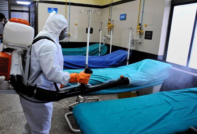 Photo of देश में नहीं थम रहा कोरोना का कहर, 24 घंटे में 22752 नए केस, 482 की मौत, कुल संक्रमित 742417, अब तक 20642 मौतें