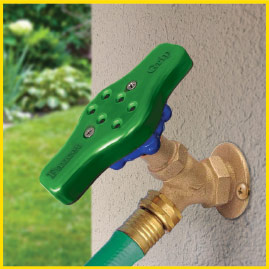 faucet-grip-easy-turning-outdoor-faucets-3-steps2