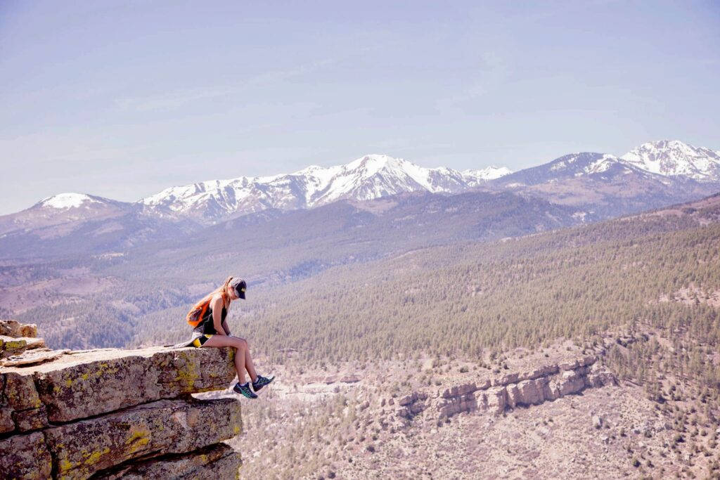 women hiking in colorado