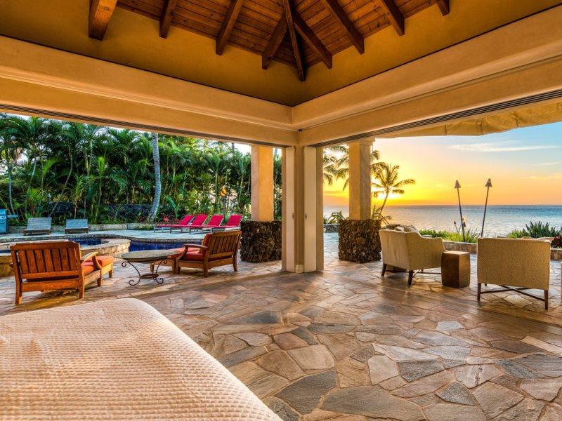 Kahana Oceanfront Luxury