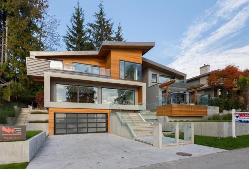Copy of Bellevue Ave - 2665 (West Vancouver) - 03