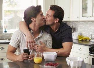 Do You Like to Kiss? Learn Why Kissing is Great for Your Relationships