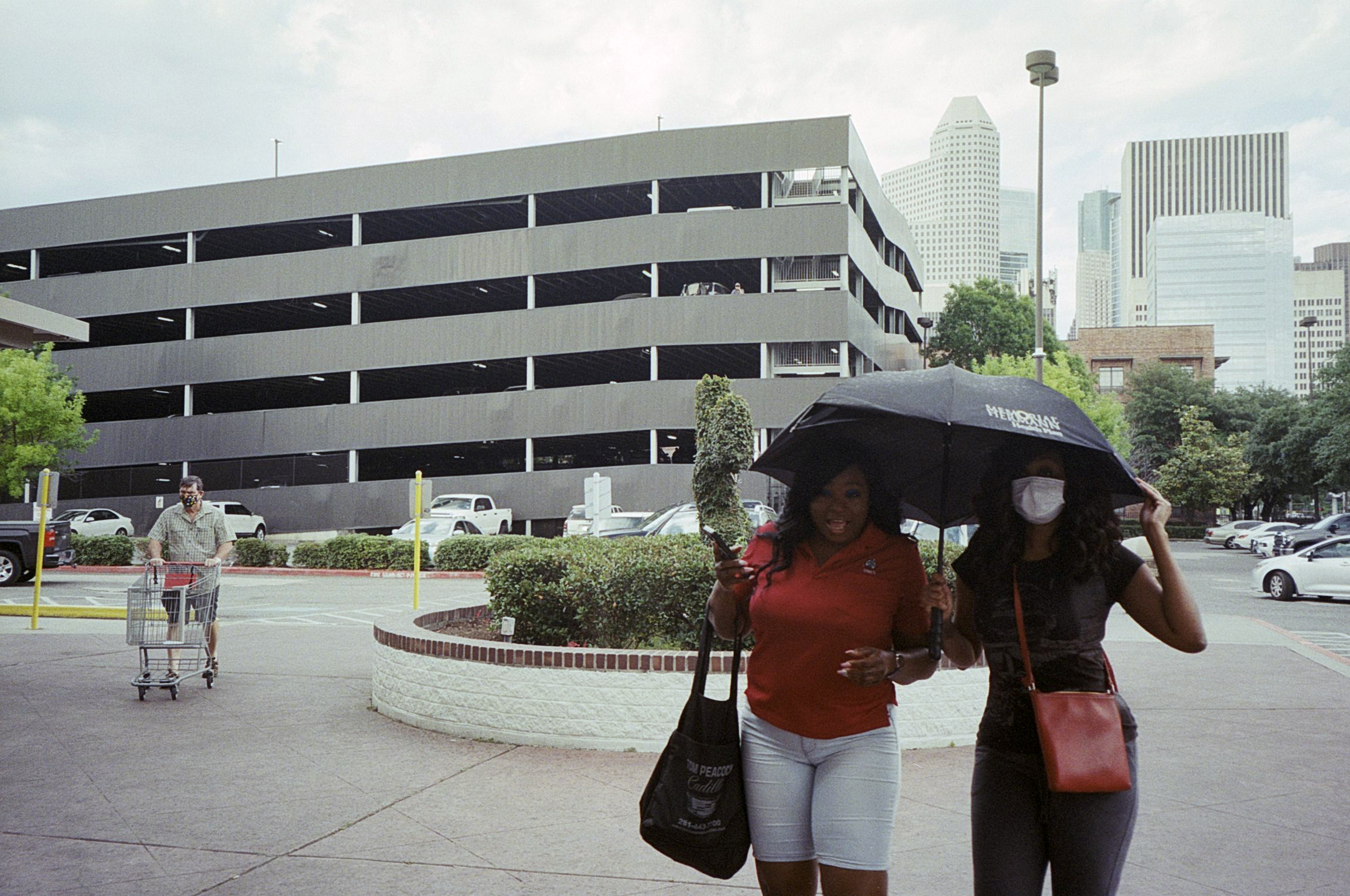cody-swann-photo-315-umbrella-2