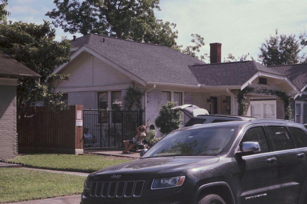 cody-swann-photo-375-social-distance-driveway